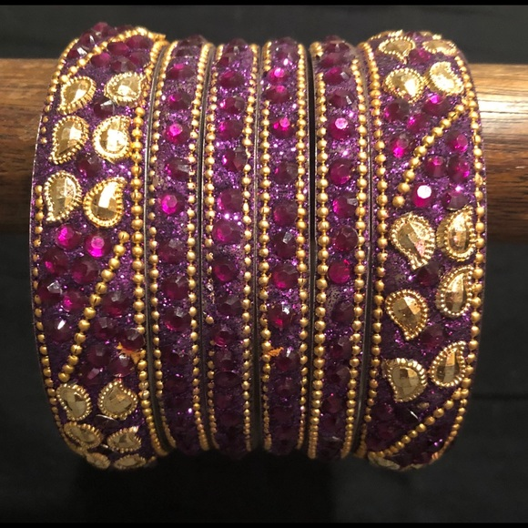 Accessories - Purple set of 6 Bangles